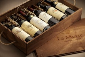 La Motte Vinoteque six bottel wooden box 1024x683